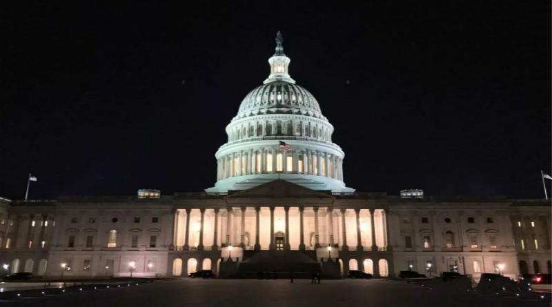 有钱了!美国务院要求员工回归岗位 2月发工资