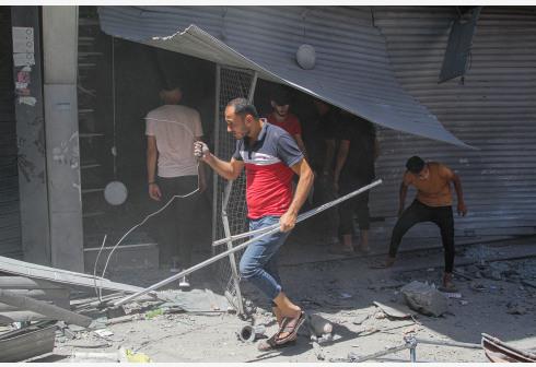 加沙城一市场发生爆炸