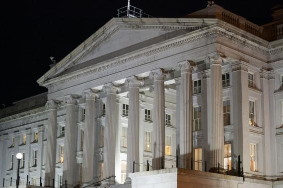 美国会预算办公室预警美国政府债务违约风险